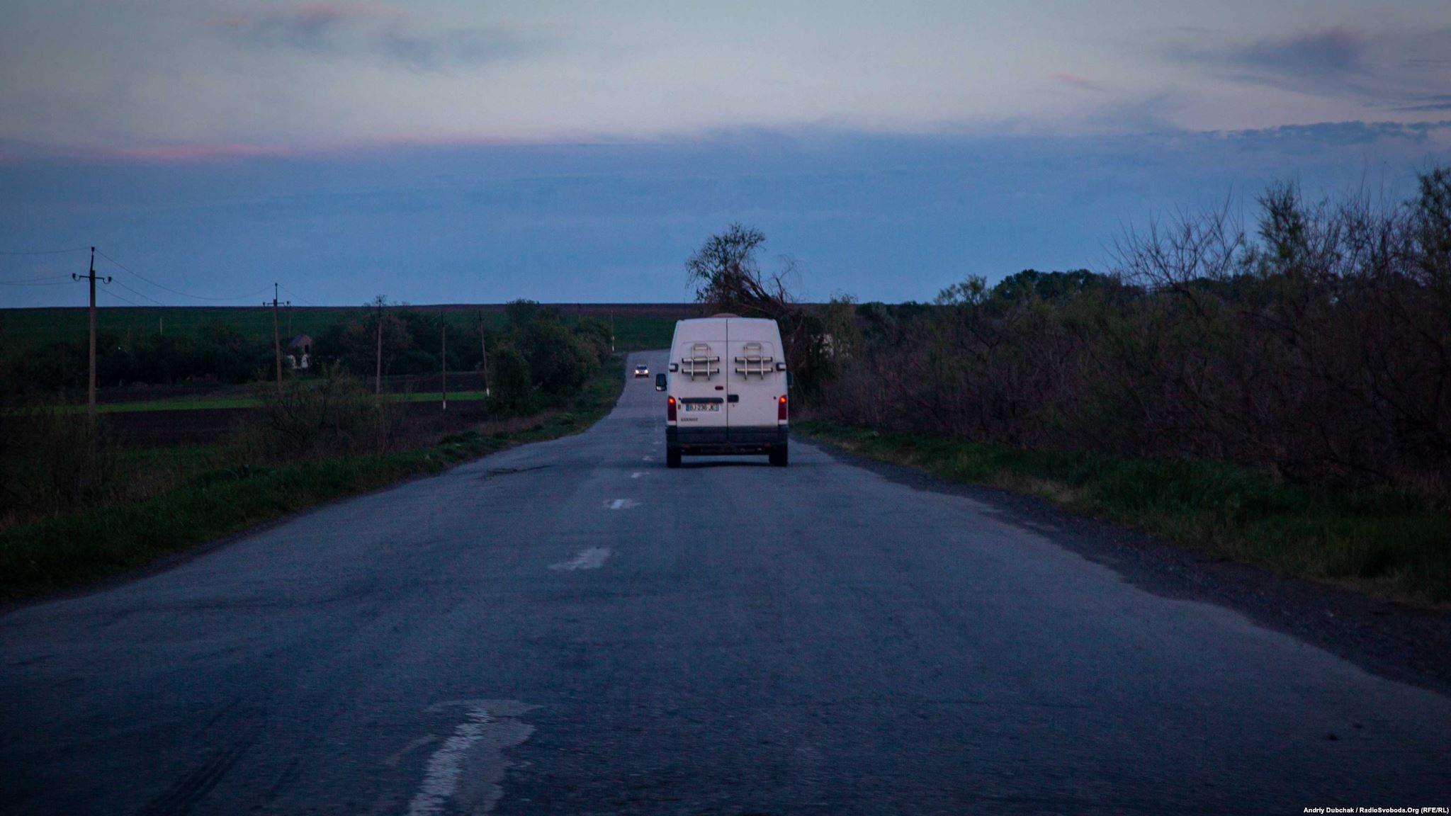 Машина Тоні на шляху від Кропивницького до Донеччини (війсбковий фотограф Андрій Дубчак)